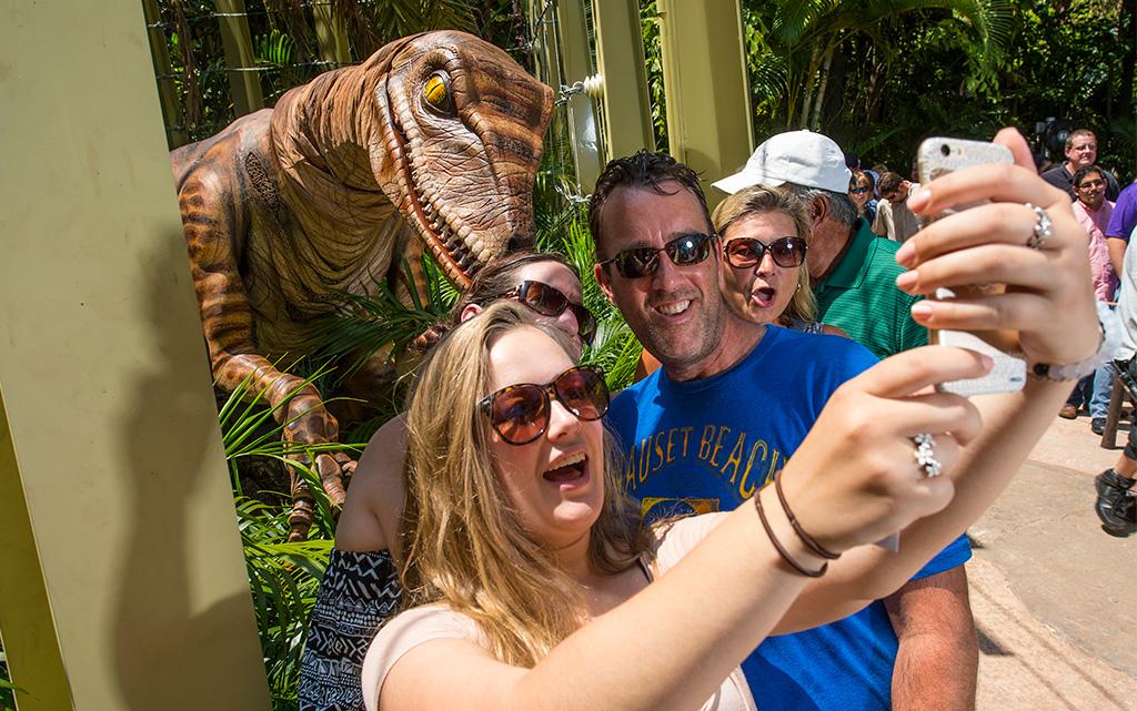 raptor-selfie
