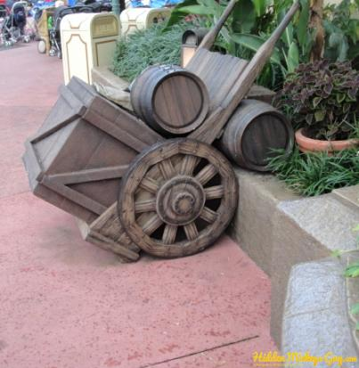 Vote Hidden Mickey Pirates of the Caribbean wheel cart with two barrels