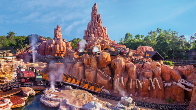 big-thunder-mountain-railroad-gallery00