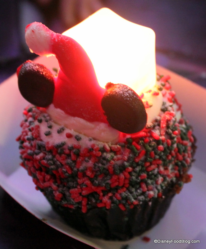 Hollywoodstudioscupcake